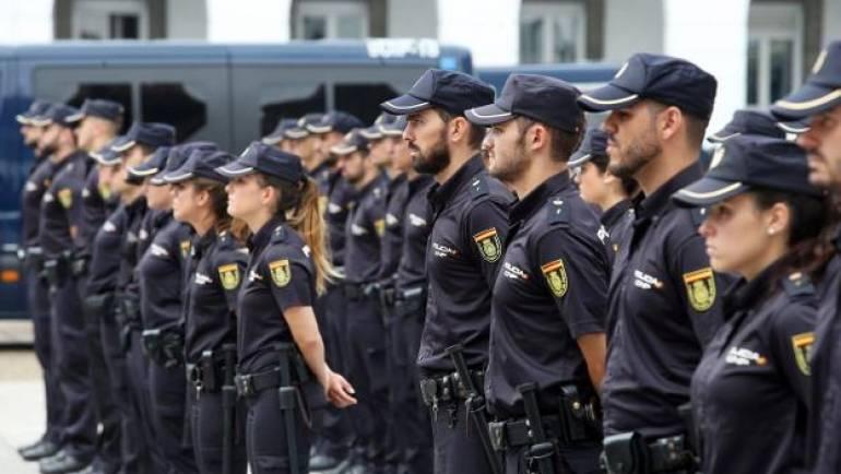 Gafas y linternas policiales, dos accesorios imprescindibles